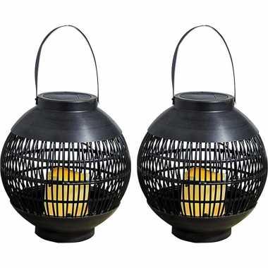 2x buiten/tuin zwarte rotan lampionnen/hanglantaarns 20 cm solar tuinverlichting