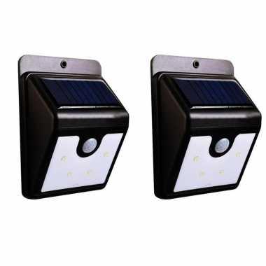 2x stuks solar tuinverlichting / muurlampen led wandlamp spatwaterdicht met bewegingssensor
